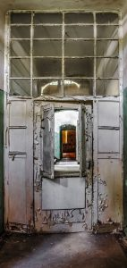 A door with pass-through to the entrance area of one of the Beelitz kitchen buildings