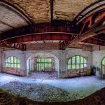 Panorama of a large room from the first floor down in a Beelitz hospital building.
