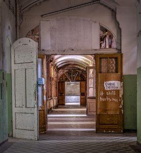 One of the hallways in the Whitney-Houston-House of Beelitz Heilstätten