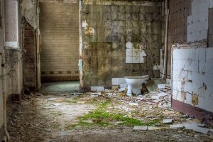 A toilet in the Whitney-Houston-House, Beelitz Heilstätten